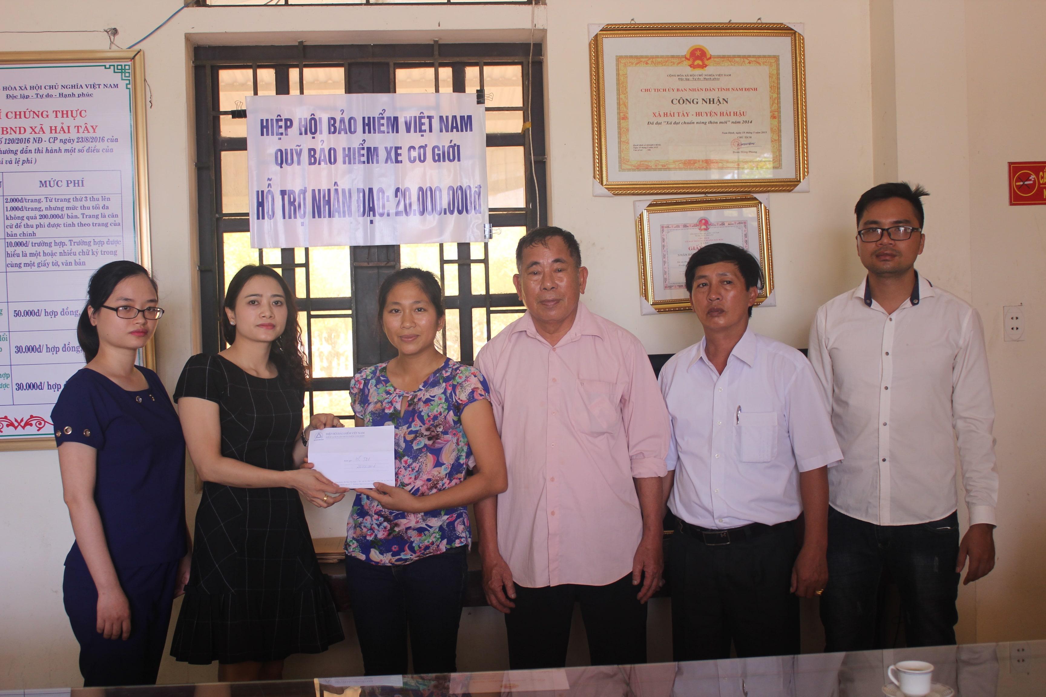Quỹ Bảo hiểm xe cơ giới hỗ trợ nhân đạo cho gia đình nạn nhân tử vong do tai nạn giao thông tại Hải Hậu – Nam Định