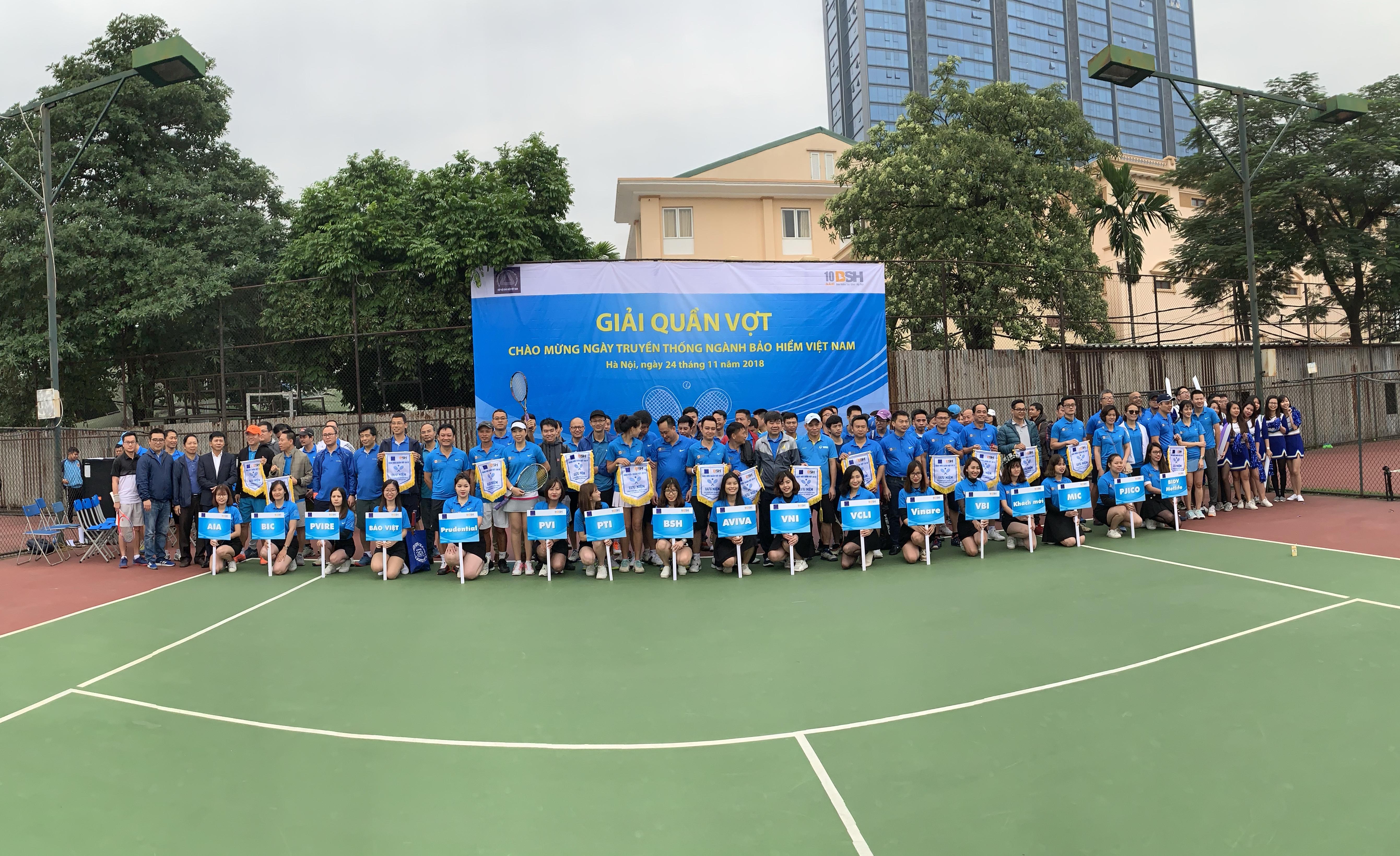 Giải quần vợt giao hữu ngành bảo hiểm Việt Nam