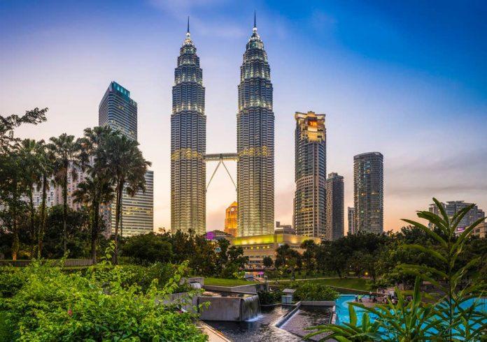 Malaysia: Bộ trưởng tài chính kêu gọi các công ty bảo hiểm phát triển các sản phẩm bảo hiểm có giá cả phải chăng