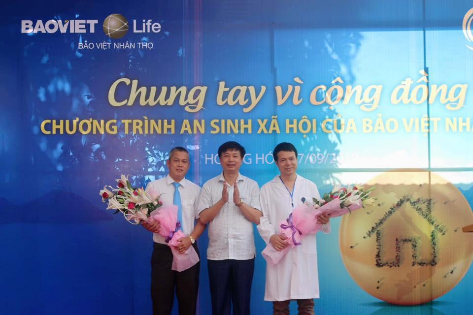 Bảo Việt Nhân thọ khám bệnh miễn phí và tặng quà cho hơn 600 người nghèo