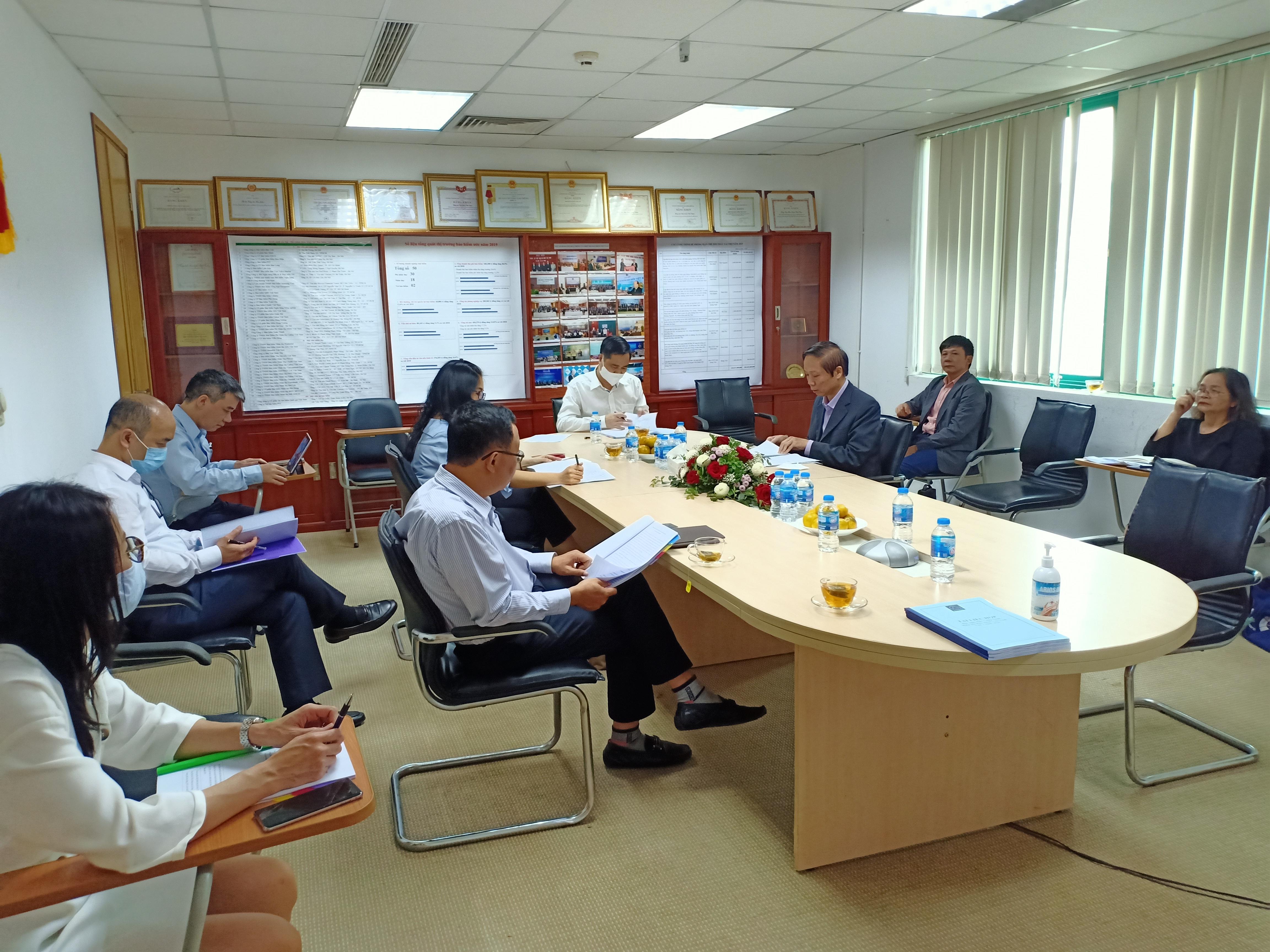 Họp Ban Chấp hành Hiệp hội Bảo hiểm Việt Nam