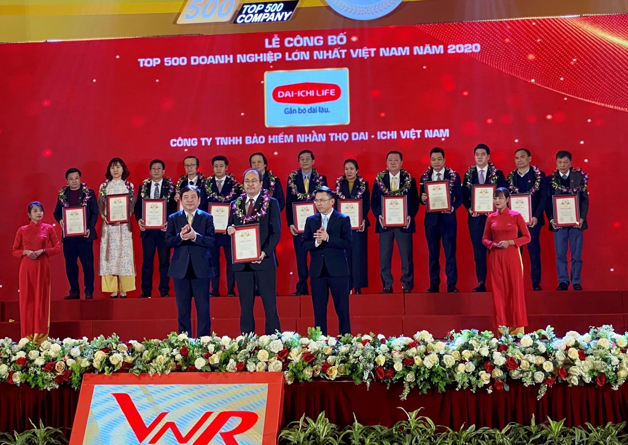 Dai-ichi Life Việt Nam đạt hạng 100/500 doanh nghiệp lớn nhất Việt Nam năm 2020